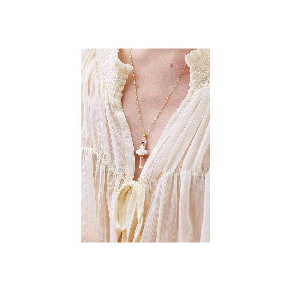 White Vampirella cord necklace