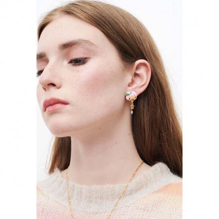 Collier couture verre taillé bleu et noir et amas de roches en cubes dorés et transparents