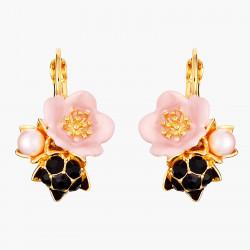 Boucles D'oreilles Dormeuses Boucles D'oreilles Dormeuses Fleur Rose Et Goutte De Rosée90,00€ AMCM105D/1Les Néréides