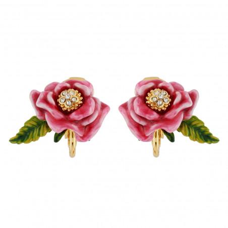 Flowered letter Q necklace