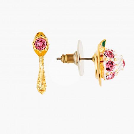 Nestlings and white flower asymmetrical clip earrings