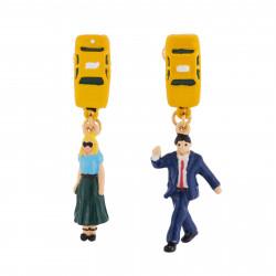 Boucles D'oreilles Boucles D'oreilles Clip Asymétriques New-yorkais Hélant Un Taxi