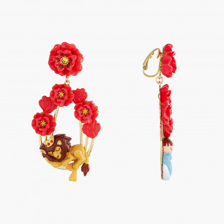 Three-colored stone, golden beads and fringes of brass earrings