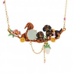 Colliers Plastrons Collier Famille De Teckels, Fleurs Et Verre Taillé180,00€ AILA301/1Les Néréides