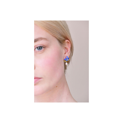 Collier cascade de grappe de perles sur feuillage