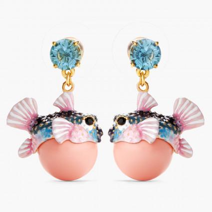 Boucles D'oreilles Pendantes Boucles d'oreilles pendantes tiges poisson-coffre et pierre de verre facetté bleu clair160,00€ ...