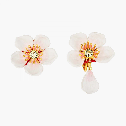 Boucles D'oreilles Clip Boucles d'oreilles clips fleur blanche de cerisier130,00€ ANHA110C/1Les Néréides