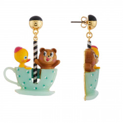 Boucles D'oreilles Originales Boucles D'oreilles Ourson Et Petit Canard Tout Contents Dans Leur Tasse Tournante70,00€ AHJL10...