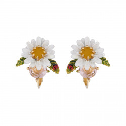 Small Daisy On Faceted...